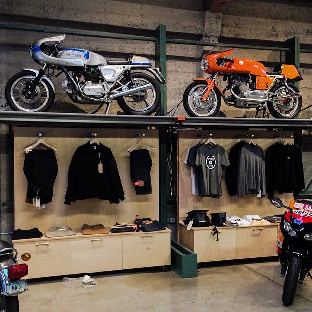 243 Best Dream Garage Images On Pinterest: 27 Best Motorcycles & Showroom Design Images On Pinterest