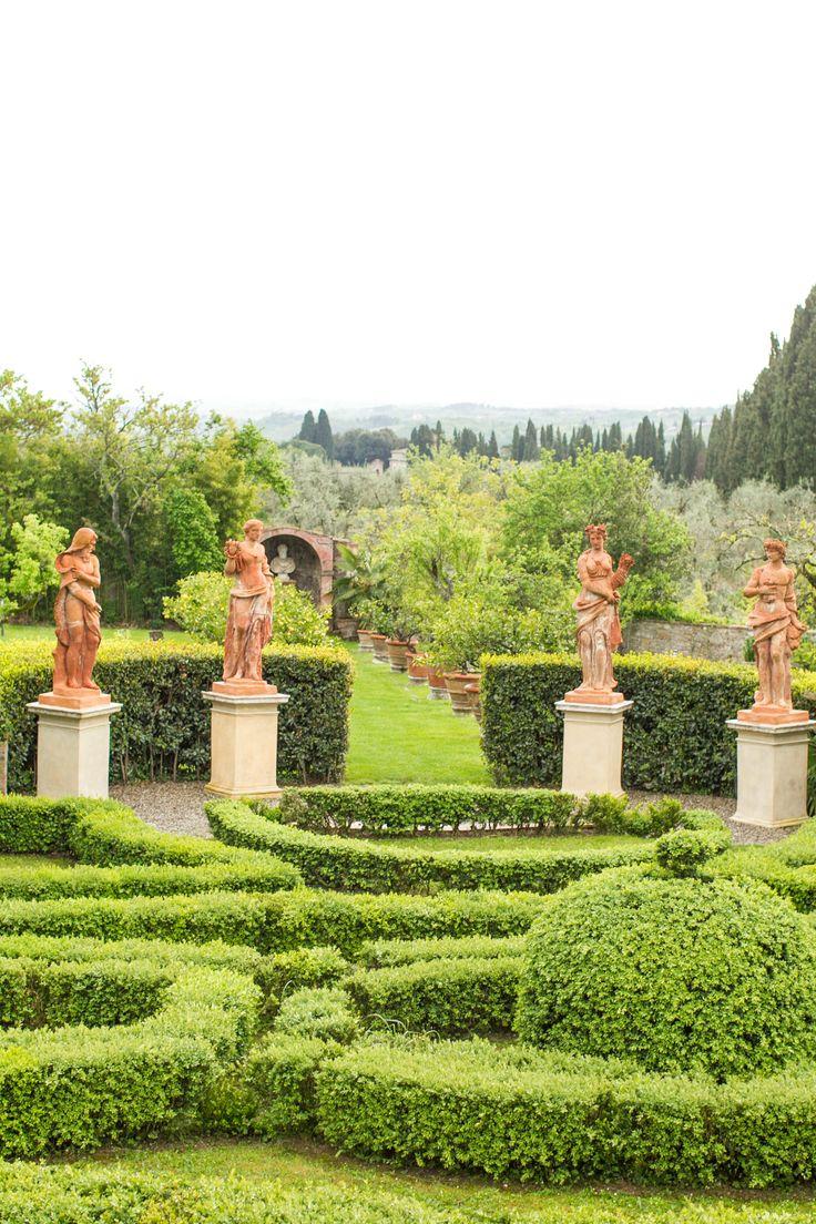 Villa Catignano, Italy. #mikelarson #destinationphotographer #mikelarsonphotographer