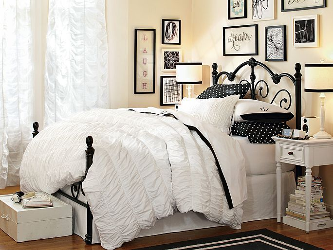 152 Best Images About Home Design Teen Girl Young Adult Bedroom On Pinterest Guest Rooms Girly And Comforter