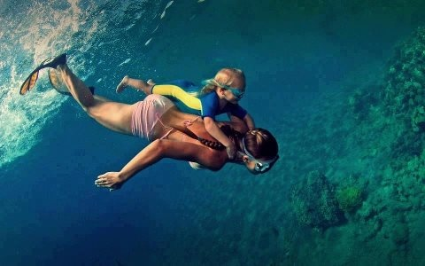 free diving together // can't wait!!