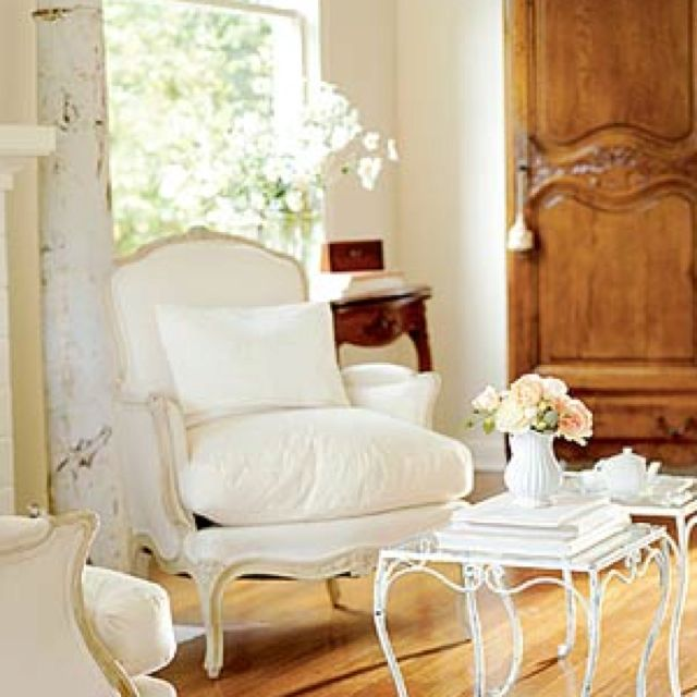 french country romantic home decorating pinterest romantic shabby chic shabby and den decor. Black Bedroom Furniture Sets. Home Design Ideas