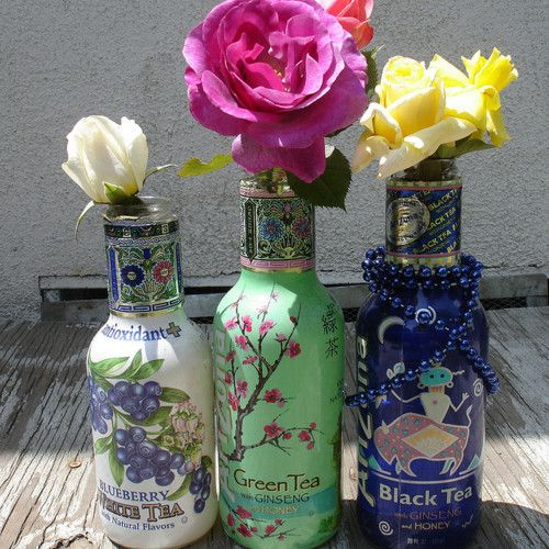 a beautiful way to display flowers!Diy Crafts, Fashion Style, Crafts Art, Arizona Teas, Hippie Diy Decor, Diy Tribal Decor, Teas Bottle, Diy Hippie Decor, Modern Boho