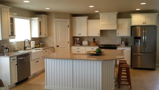 Modern farmhouse kitchen! Sherwin Williams swiss coffee