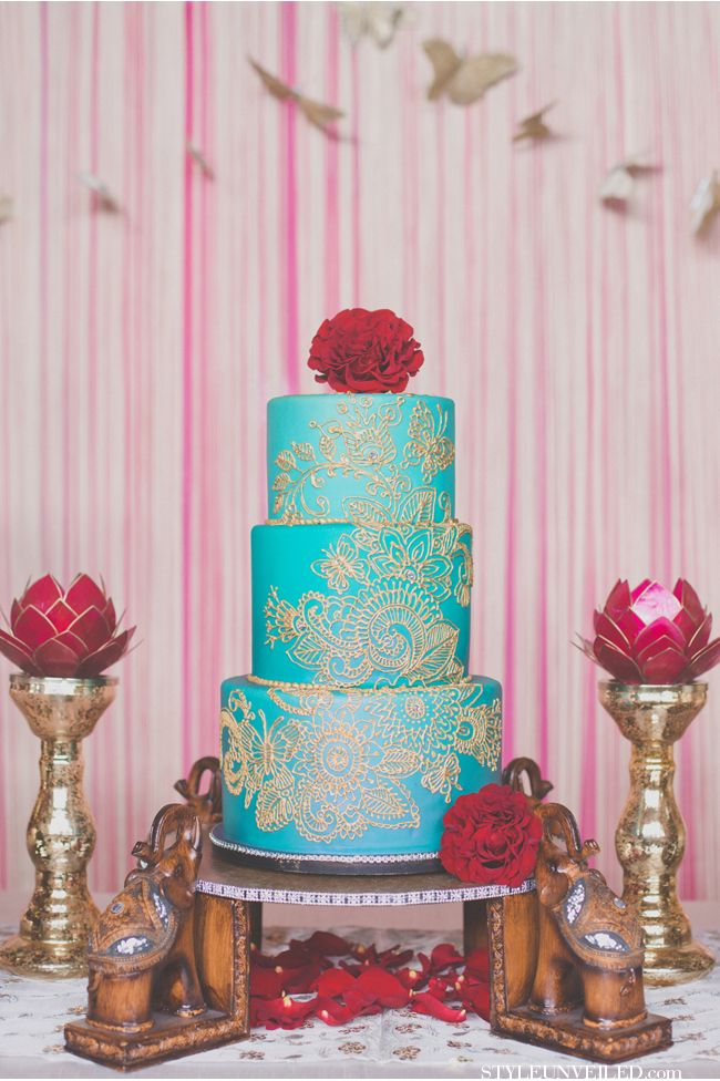 Hazelwood Photo / Teal, Gold, Orange, and Red Indian Wedding Ideas / Style Unveiled