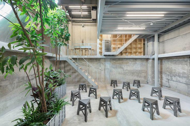 schemata-architects-blue-bottle-coffee-nakameguro-cafe-designboom-06