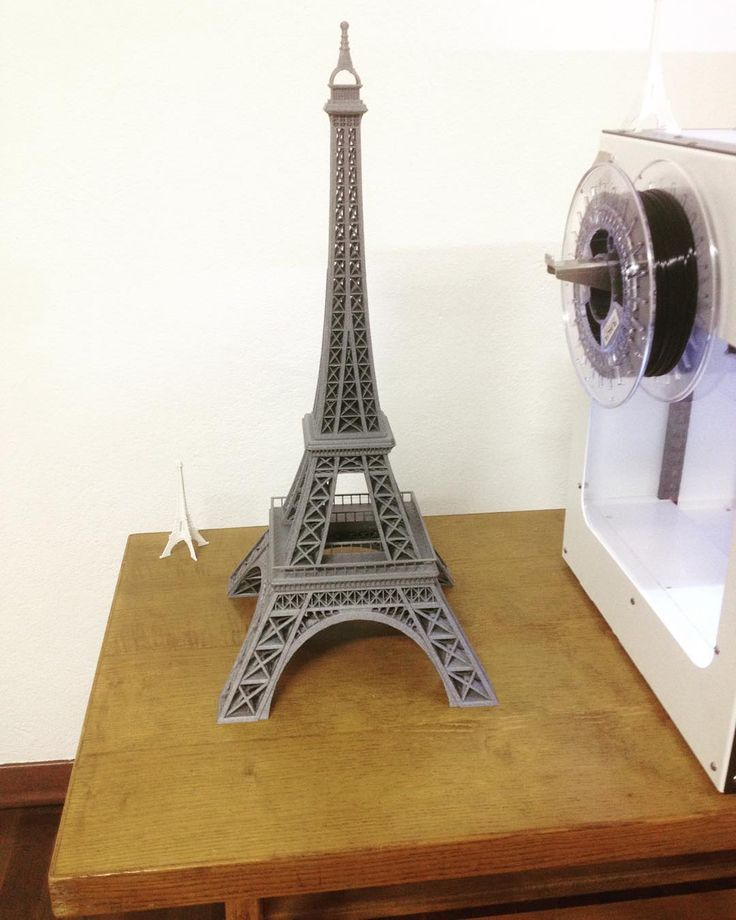 Something we liked from Instagram! #prayforparis  #3dprint #Torre #Eiffell #GIOTTO #3dprinter #krea3d #FILOALFA #Grigiometallizzato #PLA by krea3d check us out: http://bit.ly/1KyLetq