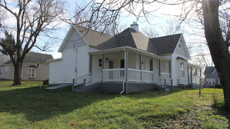 HISTORIC HOME FOR SALE IN CAMERON, MO| Historic Homes | United Country Real Estate
