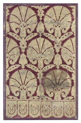 YASTIK (CUSHION COVER) FRAGMENT  OTTOMAN, LATE 16TH, EARLY 17TH CENTURY  25 x 39ins. (60 x 94cms.) I Christie's