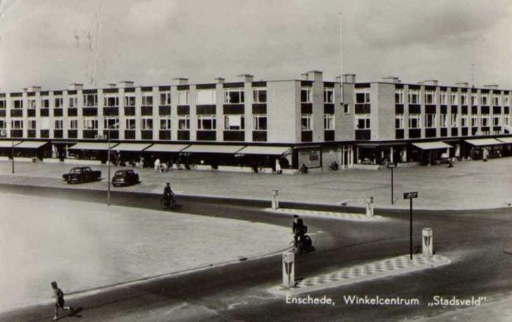 Louwesstraat Enschede (jaartal: 1950 tot 1960) - Foto's SERC