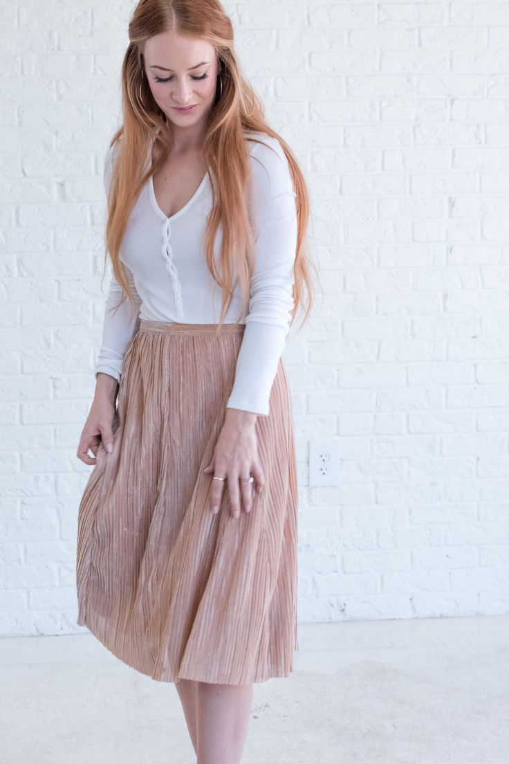 Shimmery Peach Skirt, cute skirt outfit ideas for winter, girly outfit for 2018, feminine outfit ideas