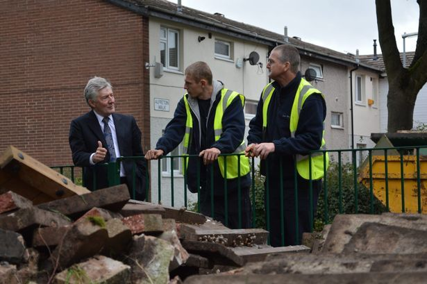 GMPT featured in the M.E.N regarding Tony Lloyd visiting Groundwork, a scheme involving reformed people getting jobs. [probation, offenders, rehabilitation, gmpt, greater manchester, cp, community payback, mp]