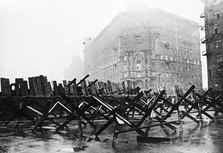 НОВЫЕ ПРАВЫЕ | WHITE Technologies 2033: Московская паника 1941 года в воспоминаниях очевид...