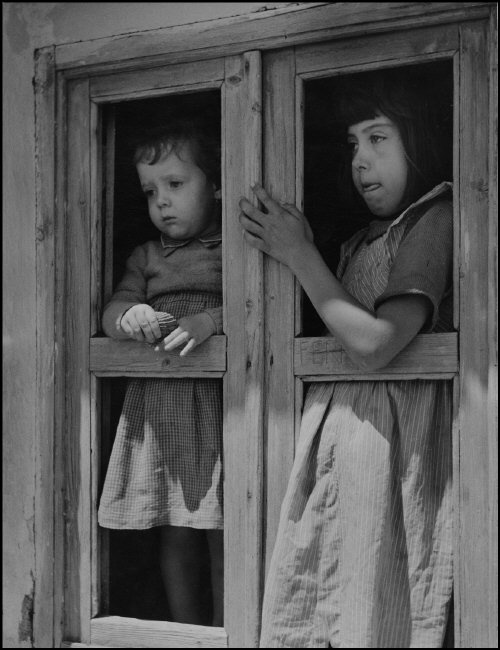 Herbert List - Children in a window frame, Ukraine, Krim. 1943. #photography #kids