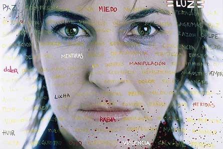 "Autre famosa participant à la campagne "" fotoarte contra la violencia doméstica""."
