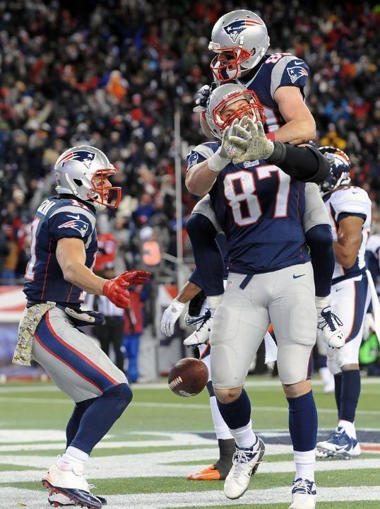 2014 New England Patriots Caste Football