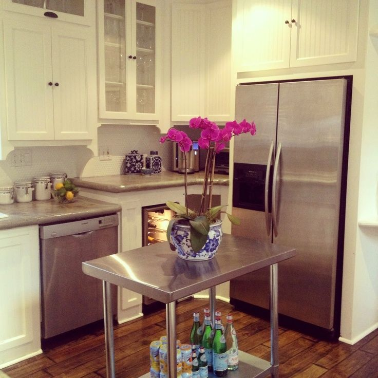 Small space kitchen island small space big style pinterest space kitchen kitchen islands - Small space kitchen island property ...