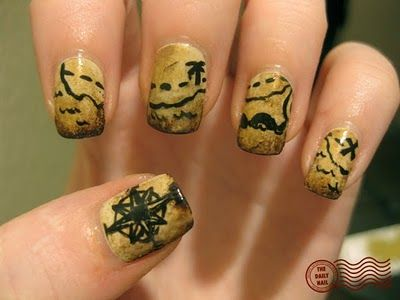 Treasure map nails. For my next pirate costume? I wonder if you could use the same technique as putting newspaper print on your nails? #costume