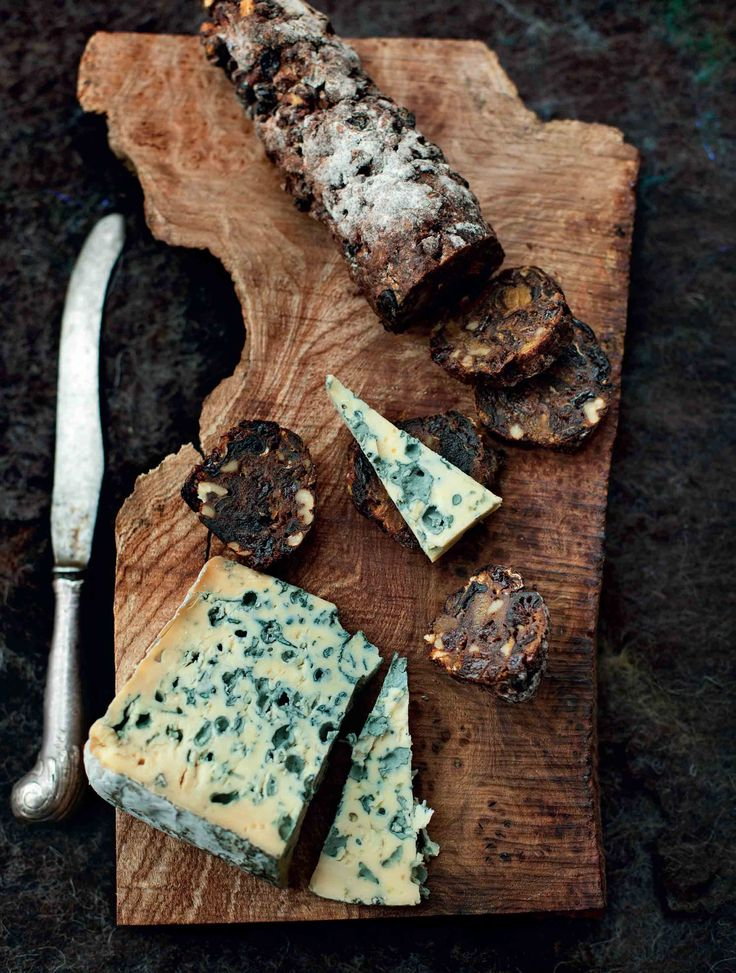 Dried fruit and walnut bread recipe from Kitchin Suppers by Tom Kitchin | Cooked