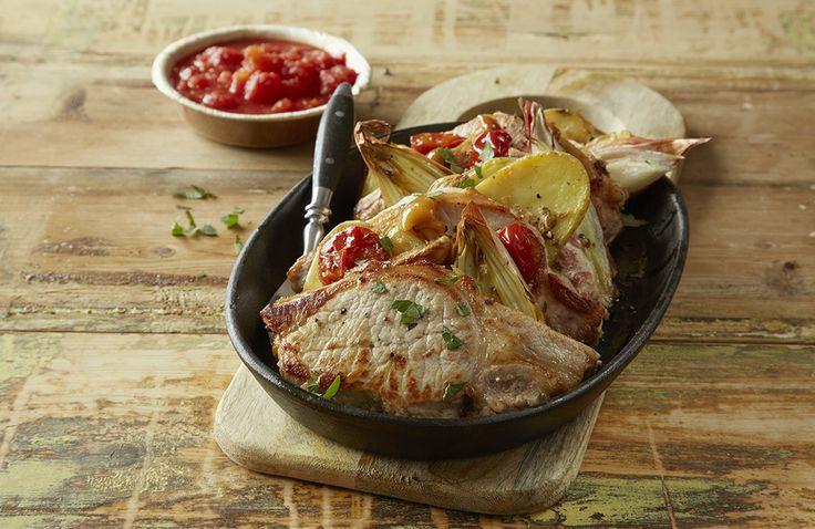 Eksotiske koteletter er en smakfull alt -i en ovnsform, som passer godt til både hverdag og helg.