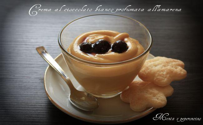 Crema al cioccolato bianco profumata all'amarena