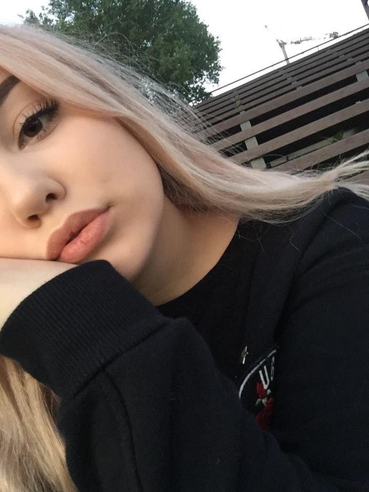 Селфи девушек подростков картинки
