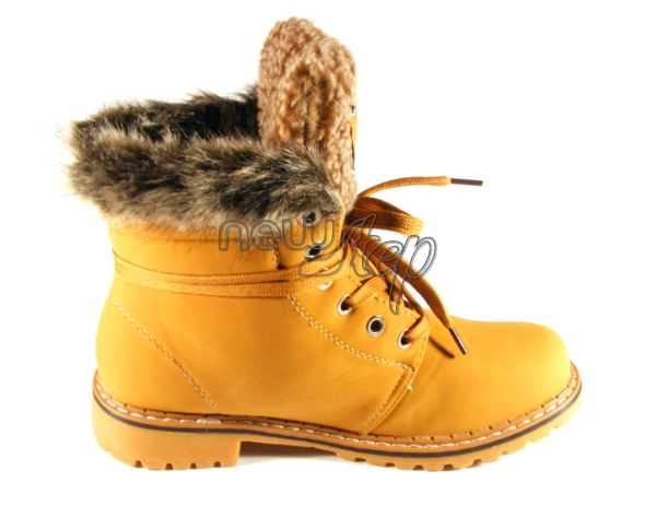 Bocanci Winter - 59 lei Modelul aici: http://www.newstep.ro/Cizme_Ghete/Bocanci_Winter