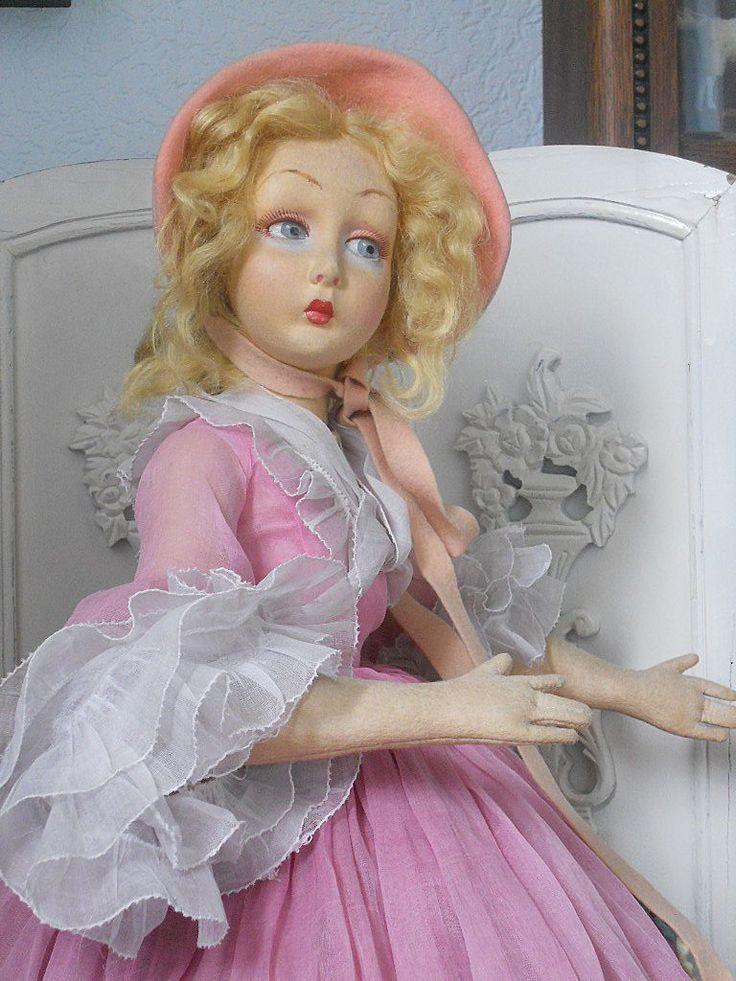 ~~~ Rare Italian Felt Lady Doll by Lenci with Beautiful Pink Costume ~~~