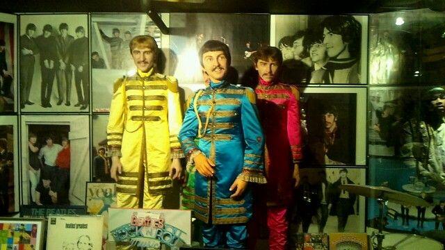 ビートルズ 蝋人形館
