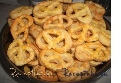 Édesség a boldogság széruma. Minden édesszájúnak itt kell lennie. Látogassa meg itt, válogasson a bő sütemények ajánlatában.