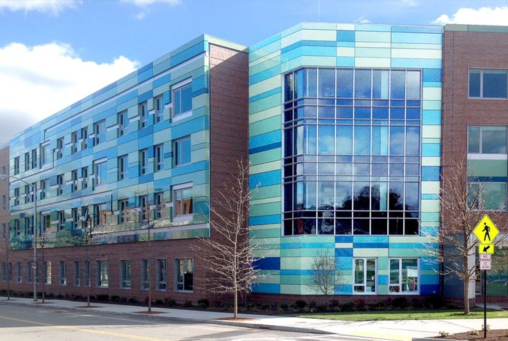 Worchester Polytechnic Institute - larson ® - Total Wall Systems Inc.- Worchester, Massachusetts (USA)