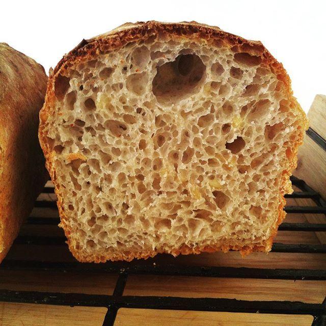 bread #sourdoughbread #sourdough #bakedwithlove #loaf #loafofbread #slowfood #healthyfood #chleb #zdrowejedzenie