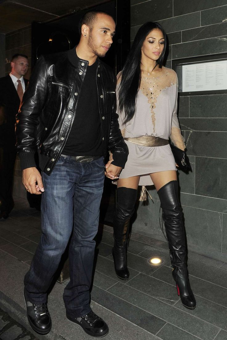 Nicole-Scherzinger-thigh-boots