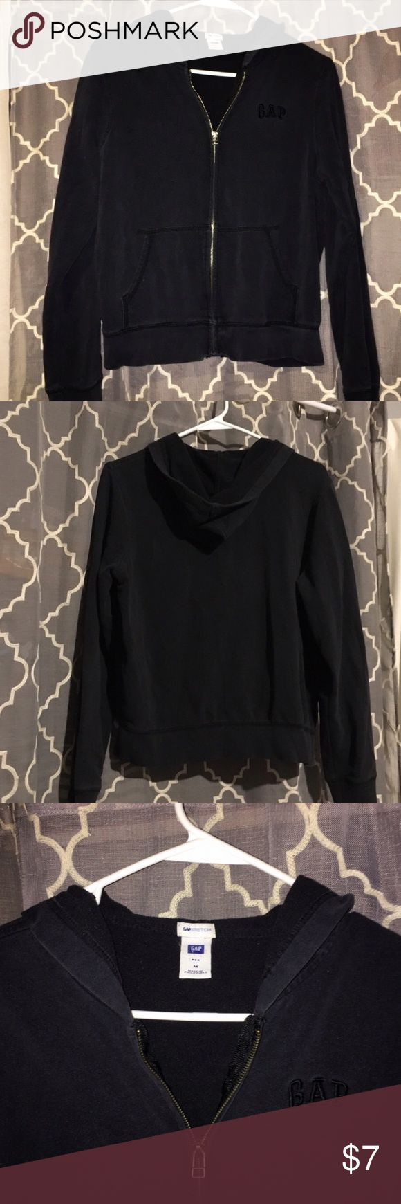 GAP jacket! ❤️ Size medium GAP hoodie jacket. Previously loved but in good condition. GAP Jackets & Coats