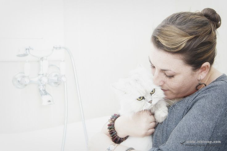Pet Photography, Jennifer and her cats.  It took me some time to get accepted by this Persian cat but after a few minutes she followed me everywhere during the shoot.