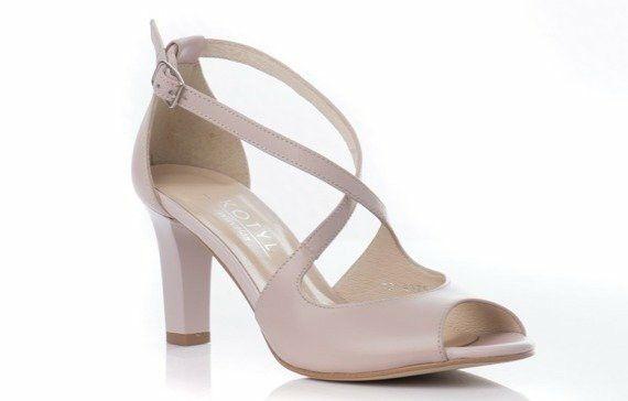 Kotyl Nbedzie In 2020 Heels Shoes Fashion