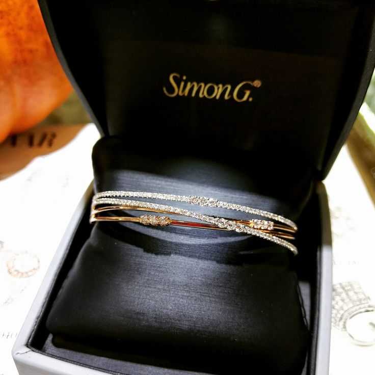 This twist style bangle would definitely be a welcome addition to any #armparty !  Featured style: MB1553 #simong #jewelry #gold #diamonds #simongsparkles #hautepinkpretty #rose #white #bobthompsonjewellers #ottawa #shoplocal #613ottawa
