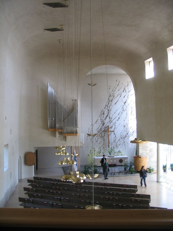 Funeral chapel, designed by the architect Erik Bryggman, was built in the cemetery. Building work, begun in the spring of 1939, was interrupted by the Winter War. The fate of soldiers killed in action and the pain of their bereaved families influenced Bryggman and details of the chapel. He wanted the building to provide comfort for those broken by death and grief. The Chapel of the Resurrection was completed in the spring of 1941, on the eve of the Continuation War.