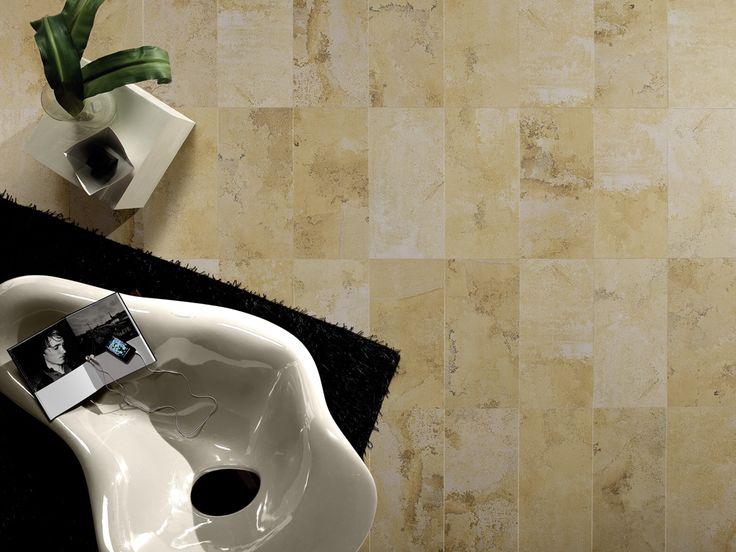 Collezione Fossil: pavimentazione in gres porcellanato luminosa e resistente.