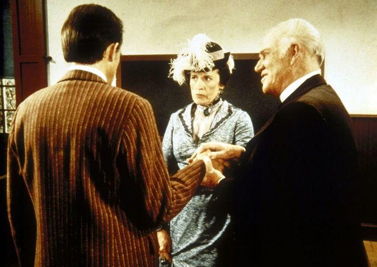Reverend Alden (Dabbs Greer, r.) versucht, die Ehe von Mrs. Oleson (Katherin...