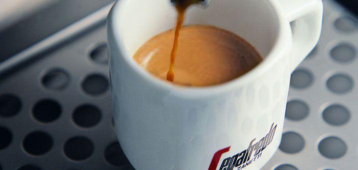 5 reglas de oro para un perfecto Café Espresso hecho en casa -- Caffè espresso, Cialde Caffè, Distributori automatici, Macchine Caffè