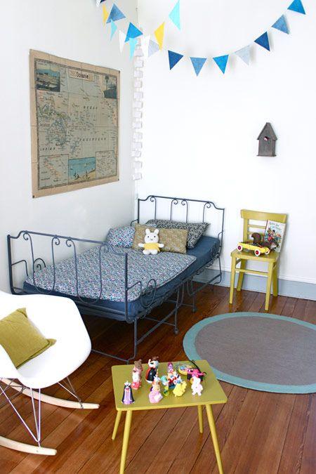 love the colors: Kids Bedrooms, Children Rooms, Is Room For Child, Child Rooms, Boys Rooms, Guestroom Child, Colors Schemes, Girls Rooms, Kids Rooms