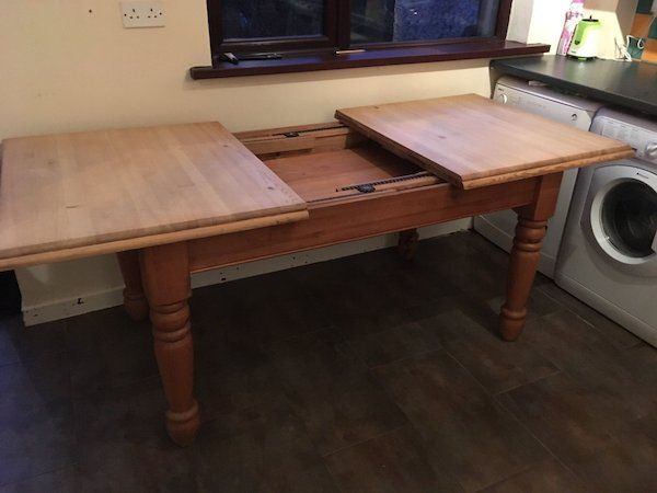 17 Best ideas about Pine Dining Table on Pinterest  : 3f918efa5ad2c81f95482f1714239f0e from www.pinterest.com size 600 x 450 jpeg 31kB