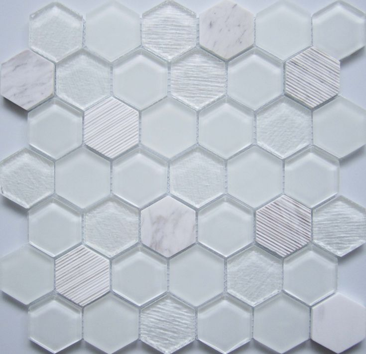 Die besten 25+ Hexagon mosaic tile Ideen auf Pinterest Doppel - deko ideen hexagon wabenmuster modern