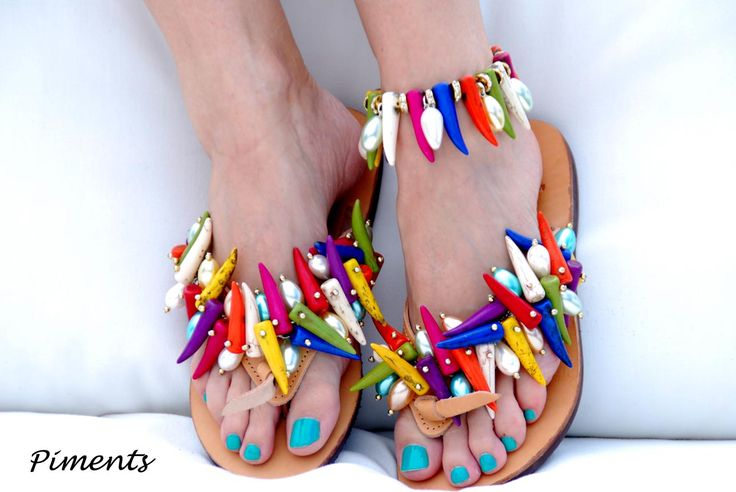 Piments Flip-flops! The combination of the colors is the best for uplift your mood! Bonbon Sandals