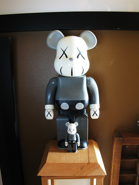 Bearbrick 400% x Kaws Mickey