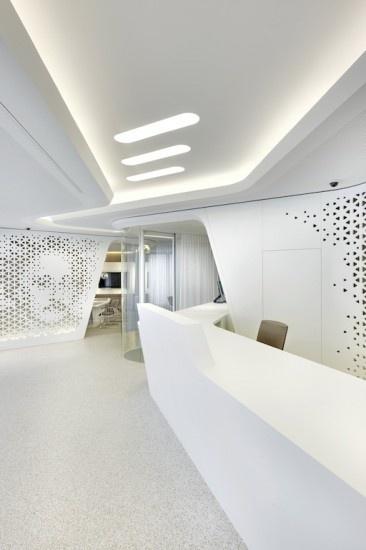 Una filiale di banca poco convenzionale: è quella progettata dallo studio NAU Architecture a Zurigo, in collaborazione con lo studio Drexler Guinand Jauslin.