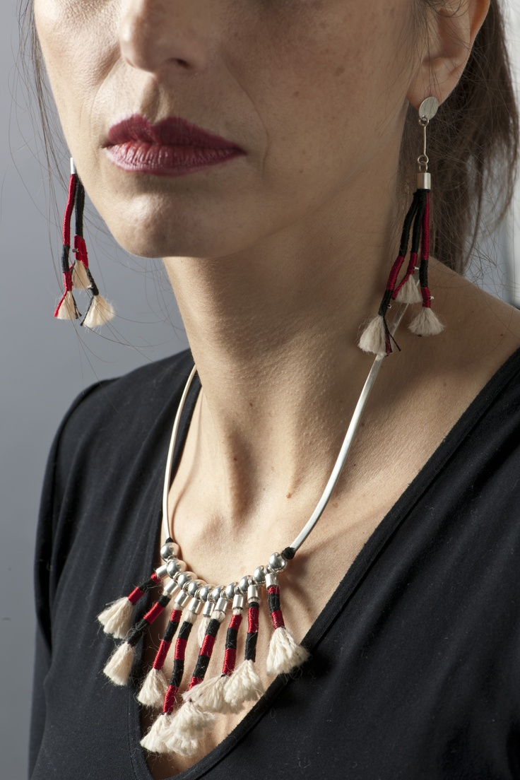 Coiled Necklace and Earrings Set Inspired by the Checkered Unku Inka/Conjunto collar y aros inspirados en el unku inka ajedrezado