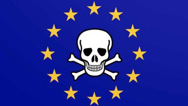 La Comisión Europea encargó en 2014 un informe sobre piratería a laconsultora holandesaEcoryspor el que pagó 360.000 euros. El estudio fue concluido en 2015 y entregado a la Comisión, pero nunca fue publicado como denuncia en su blog Julia Reda, eurodiputada por el Partido Pirata.La razón de esconderlo en un cajón fue que el estudiono encontró evidencias que apoyara la idea de que la piratería tenga un efecto negativo en...