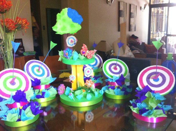 Centros de mesa fiesta monserrat pinterest mesas - Mesas infantiles disney ...