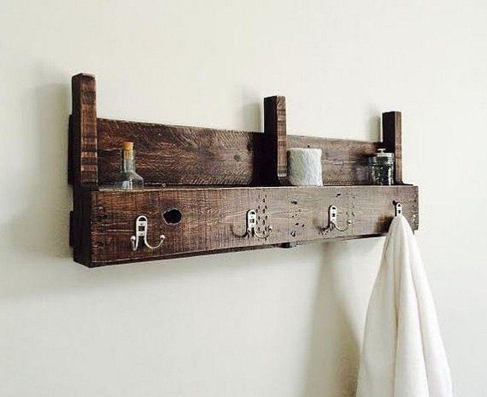 Best 25 Pallet Towel Rack Ideas On Pinterest